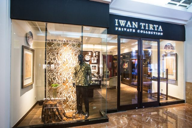 Iwan Tirta Private Collection Signature